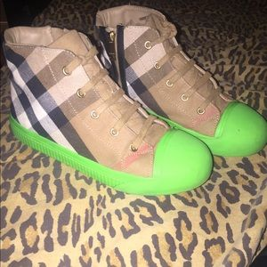 KIDS BURBERRY SHOES